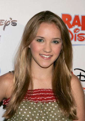 Hannah Montana Characters - Lilly Truscott 10