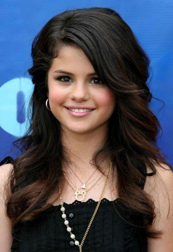 الممثلة ((Selena Gomez)) selenagomez.jpg
